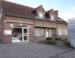 BREENDONK - Buitenaanzicht Funerarium + Winkel Breendonk