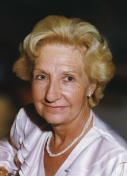 Julienne Wyn
